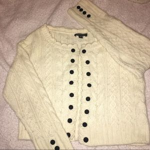 BEBE SIZE M CABLE KNIT SWEATER